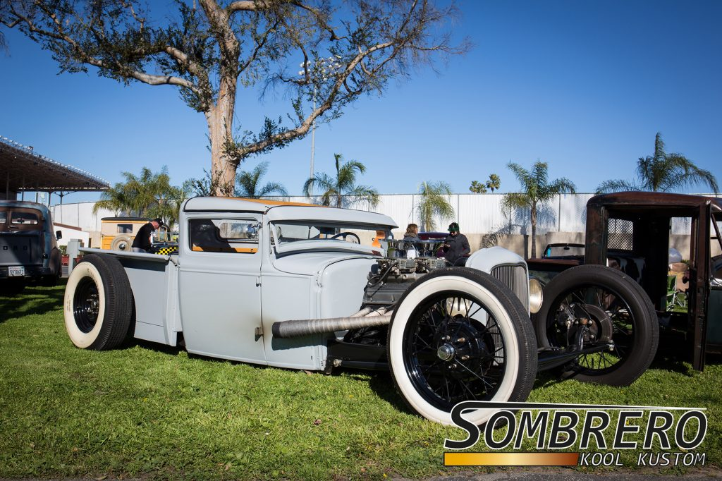 1930-31 Ford Model A Pick-up, Channeling, Top Chop