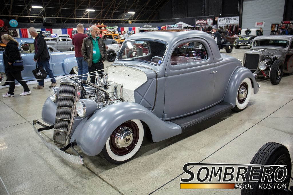 1935 Ford 3-Window Coupé, Flathead V8
